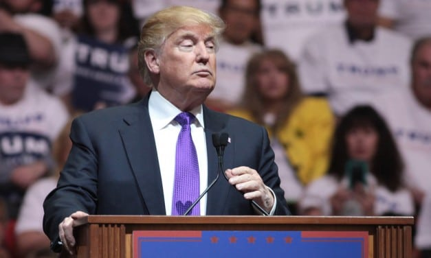 Trump, Clinton Hold Big Leads Going into Florida Primary on March 15