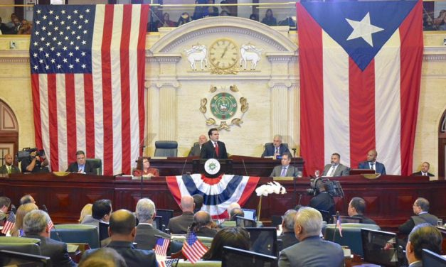 Rossello unveils plan for sending Puerto Rico representatives to Congress