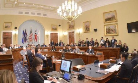 What happened at the Natural Resources hearing on Puerto Rico and the USVI