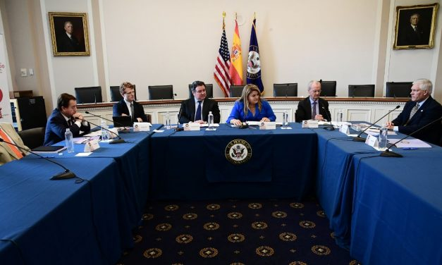 Jenniffer González-Colón drives discussion on the relation between the United States and Spain