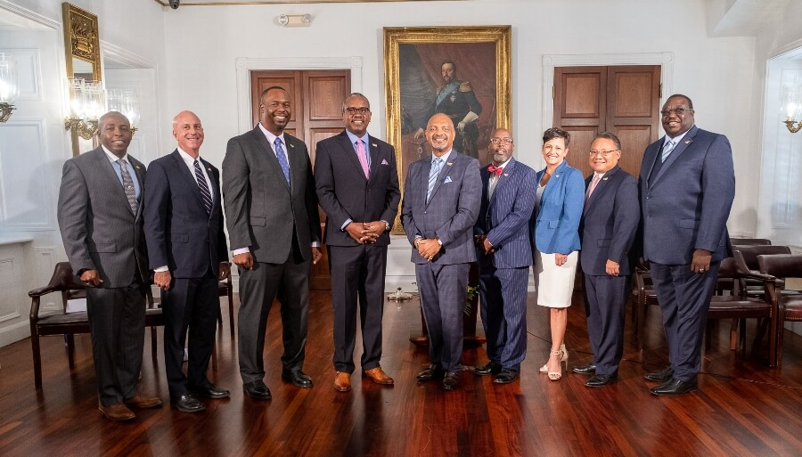 Final seven members of Bryan's cabinet sworn in